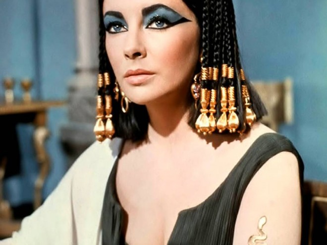 Elizabeth-Taylor-Top-Tenz-Cleopatra